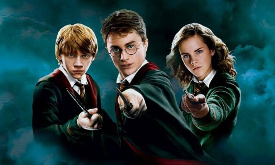Harry Potters movies - great idea for a movie night