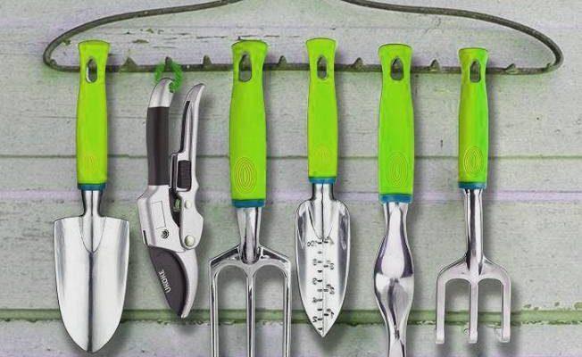 Best hand gardening tools